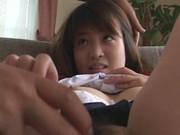 หลอกนักเรียนญี่ปุ่นมาถ่ายหนังโป๊กล้าๆกลัวๆอายกลัวผู้ชายเห็นหีโดนสะกิดนิดน้ำหีเต็มรู