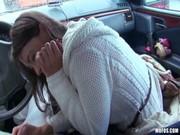 แตกใส่ปากไปเลย ไอ้หื่นหลอกเย็ดนักท่องเทียวสาวxxxคารถชวนเค้าขึ้นรถมาก่อนบังคับขืนใจ