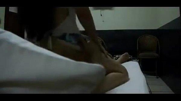 เอาใจหนุ่มหื่น xxx รวมคลิปหลุดนักศึกษา เห็นหน้าเสียวพร้อมมือที่เบ็ดหีตอนเย็ดกันชัดๆ ตั้งกล้องถ่ายเองกับมือ