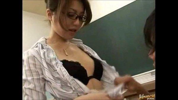 AV Teacher หนังโป๊คุณครูxนักเรียน อาจารย์สาวแว่นเย็ดโหดเอาเรื่องแถมนมโตน่าดูดหัวนมสุดๆ