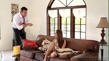 PORNSTAR อยู่บ้านเหงาๆชวนชู้รักมาเย็ดสดแก้เบื่อ เข้าบ้านมาก็นอนแหกหีให้ไม่รอช้าอยากโดนแตกใน