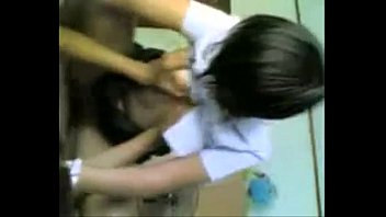 หลุดเด็กไทยขย่มควยทั้งคอซอง ตัวเล็กเซ็กจัดอยากถูกแตกในหีน่าดู